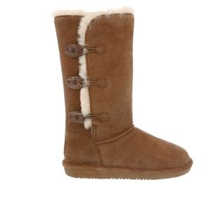 Women's Lauren Winter Boot. Worn once/box included